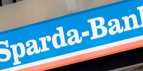 Ermittlungen laufen : Razzia bei Sparda-Bank Berlin - Mitarbeiter in großen Cum-Ex-Skandal verstrickt?