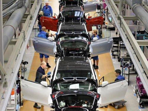 Chipmangel! BMW unterbricht Produktion im Werk Regensburg