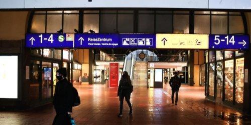 """""""Hitlergruß"""" und Belästigungen: Rechtsextreme provozieren am Hamburger Hauptbahnhof"""