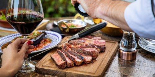 Grillsaison 2021: Fisch, Fleisch oder Gemüse: Das ist der beste Zeitpunkt zum Würzen