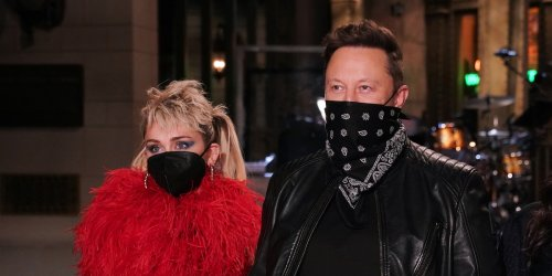"""Scherzhaftes Twitter-Duell: Miley Cyrus an Elon Musk: """"Du kannst eine Rakete bauen, aber kein Geheimnis bewahren?"""""""