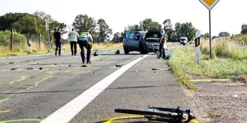 Im Kreis Wesel: Zwei Tote bei schwerem Verkehrsunfall in NRW