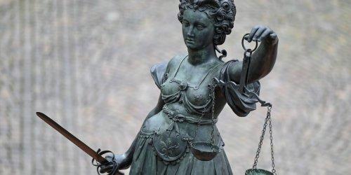 Prozessbeginn: Rechtsanwalt soll Geld veruntreut haben