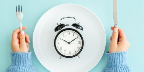 Intervallfasten mit der 16:8-Diät: Gesund Abnehmen mit Blick auf die Uhr