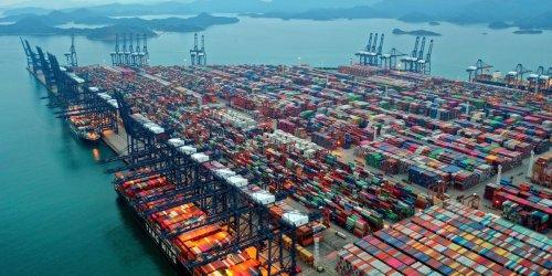Stau in chinesischem Mega-Hafen: Ikea, Aldi, Deichmann: Welche Händler wegen Lieferengpässen jetzt das Sortiment kürzen