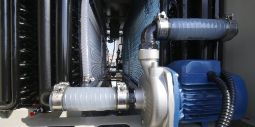Lautlos und ohne Strom: Gegen Wasserknappheit: Schweizer erfinden Glasplatte, die Wasser aus der Luft filtert