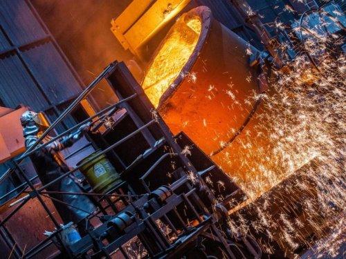 """""""Das Rückgrat der deutschen Industrie stirbt"""": Experten warnen vor Firmenpleiten"""