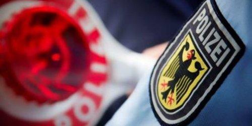 Bundespolizeidirektion Sankt Augustin: BPOL NRW: Fahndungserfolge der Bundespolizei; Haftbefehle in Gronau und Kleve vollstreckt