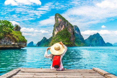 15 Easy Ways to Save a Ton of Money on Your Next Vacation