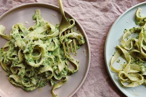 Pasta With Creamy Zucchini Pesto