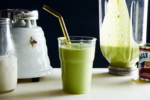 33 Best Smoothie Recipes to Give Your Blender A Workout
