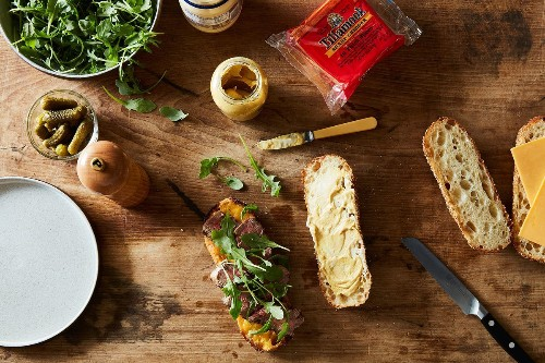 Leftover Steak and Cheddar Sandwich