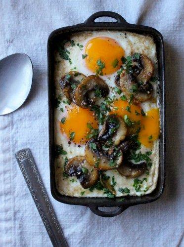 Baked Eggs with Garlic Mushrooms