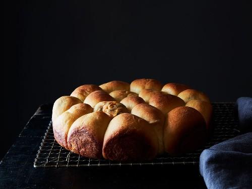 Pull-Apart Thanksgiving Leftover Stuffed Bread