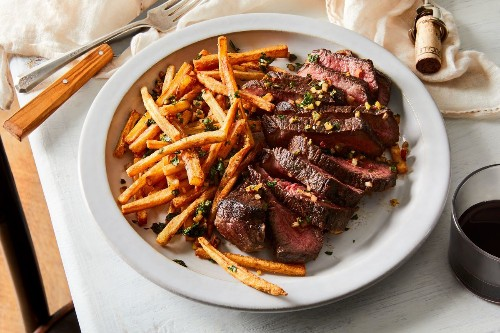 It's Steak Night, Baby—Here Are 27 Creamy & Crunchy Sides