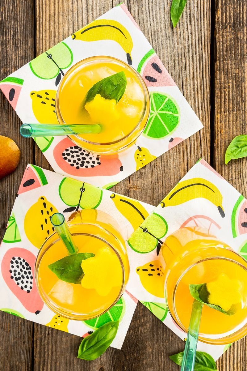 Mango and Basil Fizz Mocktail