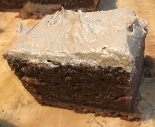 Vegan cola cake