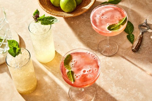 Sparkling Yuzu Cocktails to Cool Off With This Summer
