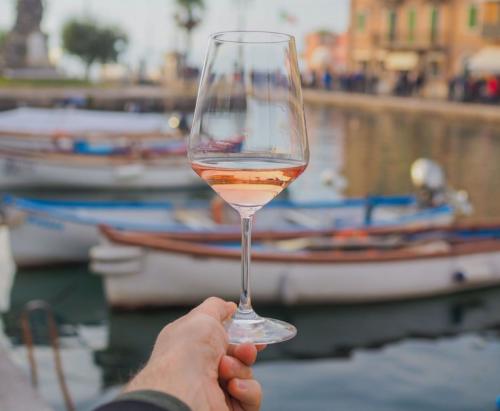 Chiaretto di Bardolino, assaggi senza pregiudizi - Food&Wine Italia