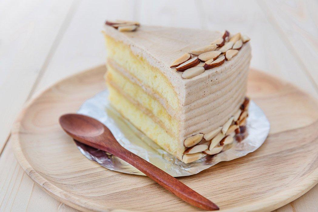 Italian Cappuccino Cream Cake