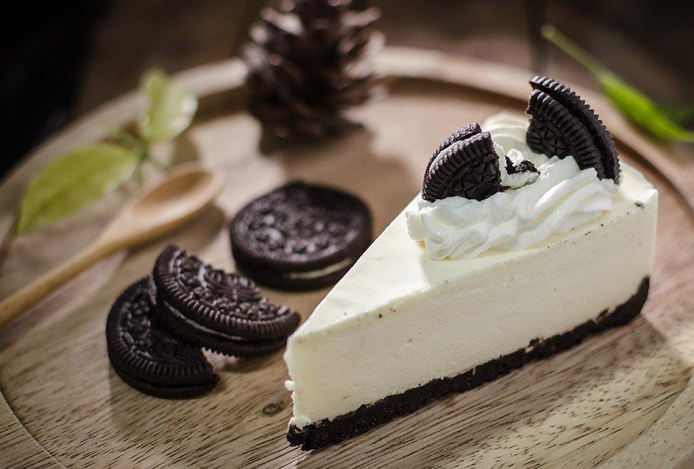 The Best Oreo Cream Cheesecake