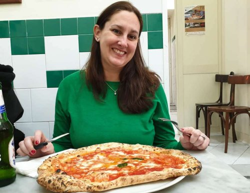 Where To Find The Best Pizza in Naples Italy