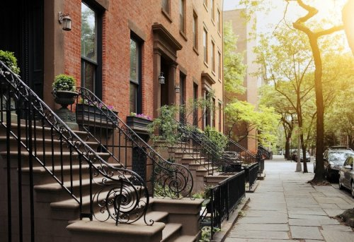 Manhattan Real Estate Prices Dropping: Should You Get in Now?