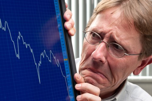 A Stock Market Crash May Be Imminent: 3 Things to Do Right Now