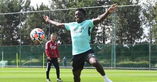 Saka returns with the focus on passing in latest Arsenal training session
