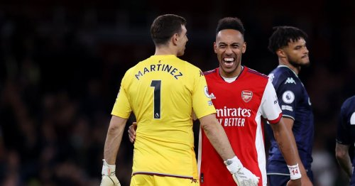 Arsenal fans ridicule former keeper Emi Martinez and hail Aaron Ramsdale