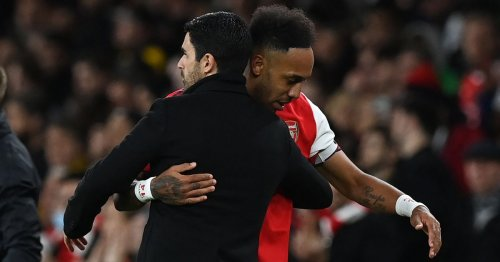 Arsenal morning headlines as Arteta criticised for Aubameyang position