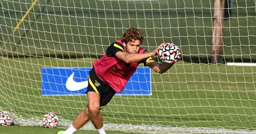Marcos Alonso is keen on leaving Chelsea in search of more first-team football