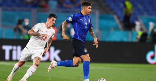 Italian Giovanni Di Lorenzo has emerged as a potential Chelsea transfer target