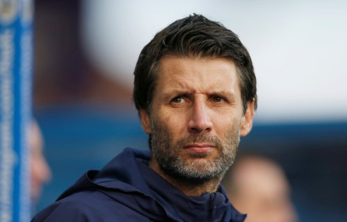 Danny Cowley provides update as Portsmouth weigh up transfer swoop for free agent