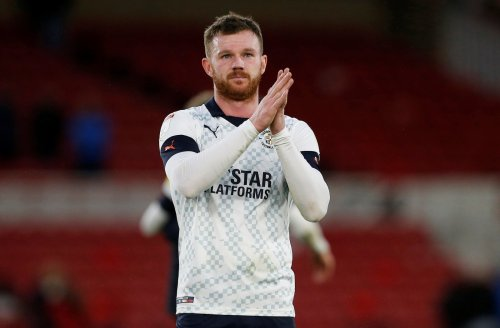 Derby County and Barnsley handed transfer boost as Huddersfield Town's stance on 28-y/o outlined
