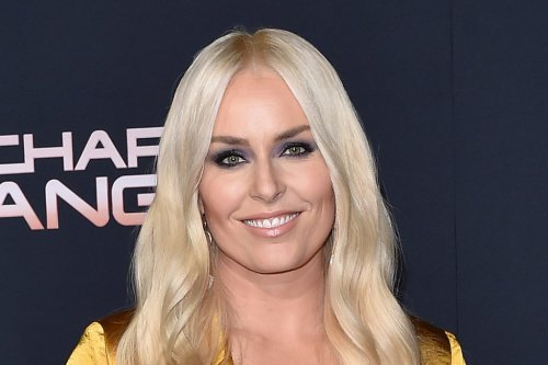 Lindsey Vonn Is Fall-Ready in Cozy Sweater, Velvet Pants & White Shoes With Gavin DeGraw