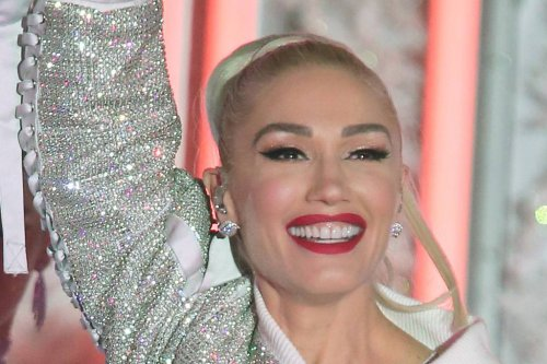 Gwen Stefani Is a Country Queen in a Star-Spangled Dress & Studded Cowboy Boots