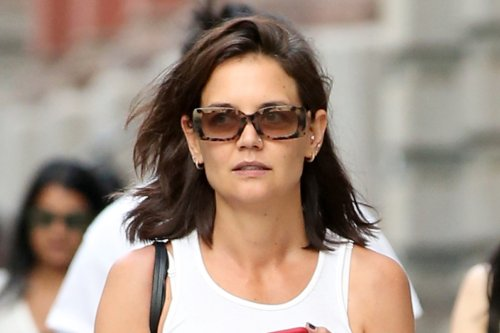 Katie Holmes Is So '90s in a Tank Top, Low-Rise Pants & These Sandals Celebrities Are Obsessed With