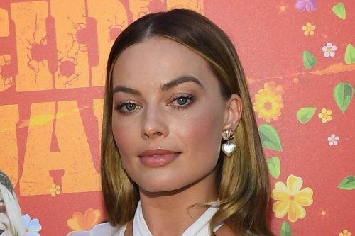 Margot Robbie Is Chic in Chanel Jumpsuit and Flared Heels for 'The Suicide Squad' Premiere