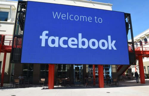 Facebook Usage Drops 26 Percent…And Other Small Business Tech News This Week
