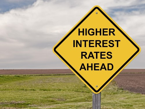 Rates Are Rising, Here's What To Buy For Dividend Income