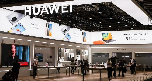 Huawei Suddenly Strikes At Google With New 'Fight' To Beat Android