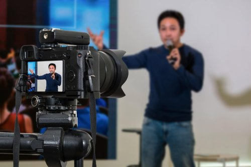 The Allure Of Livestreaming
