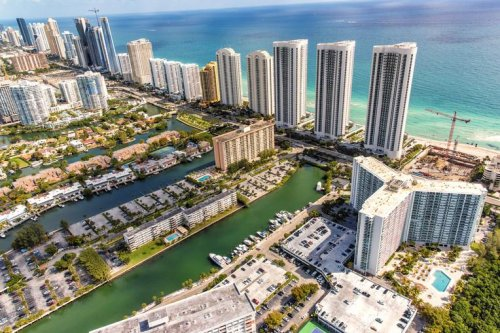 Council Post: Big Tech, Low Taxes, Plenty Of Sunshine: Seizing Opportunity In Florida's Growing Real Estate Market