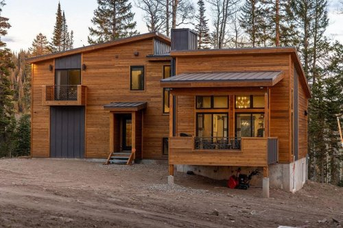 Utah Ski Cabin Takes Social Distancing To New Heights