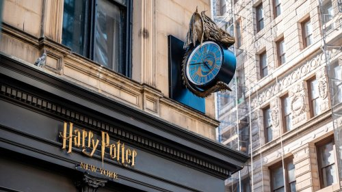 Three-Storey Harry Potter Megastore Opens In New York