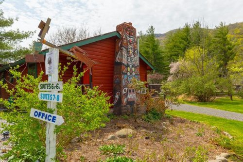 Buy A Piece Of Rock 'N' Roll History With This Catskills Love Shack