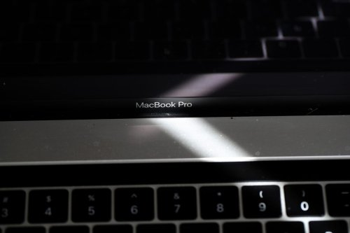 Apple's Flawed MacBook Pro Still Banned From Flying As Owners Demand More Details