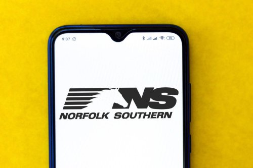 What's Happening With Norfolk Southern Stock?