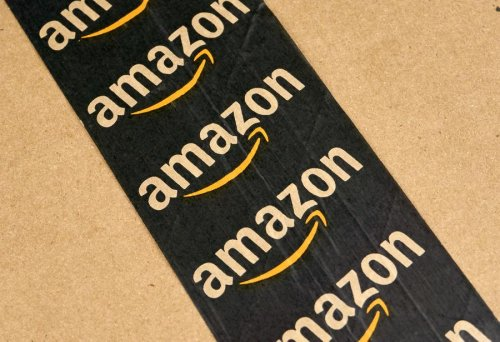 This Week In Credit Card News: This Card Earns 20% Off At Amazon; Card Debt Keeps Falling